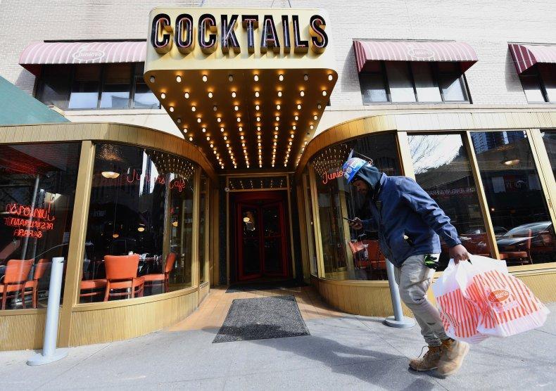coronavirus new york alcohol take out restaurants