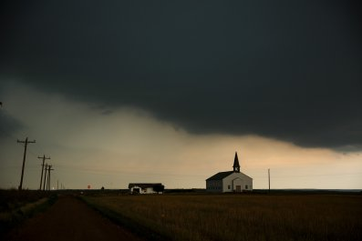A thunderstorm rolls into the area in Paducah, Texas