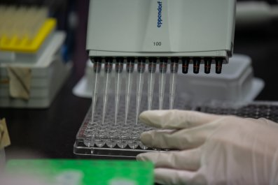 coronavirus, race, vaccine, china, US