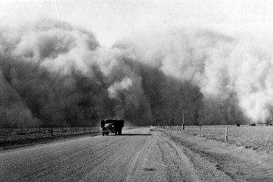 Large dust cloud appears behind a truck