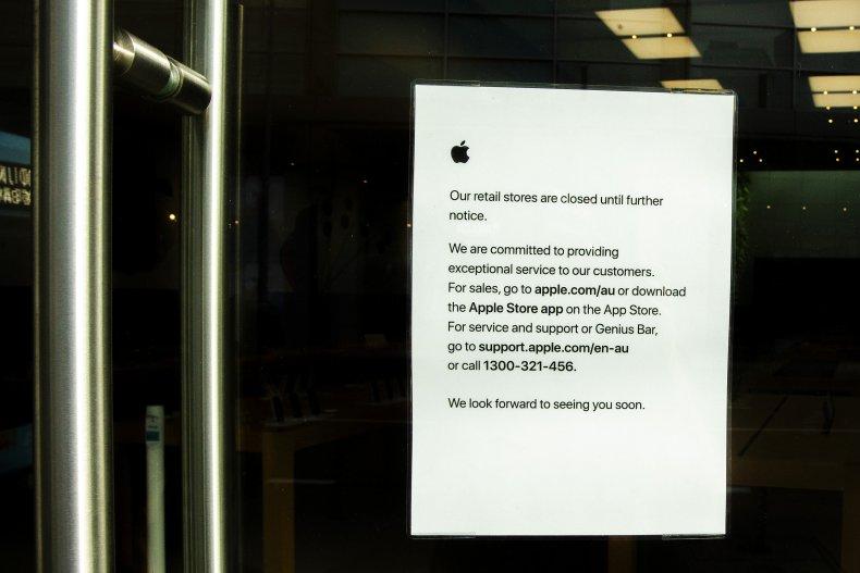 Closed Apple Store