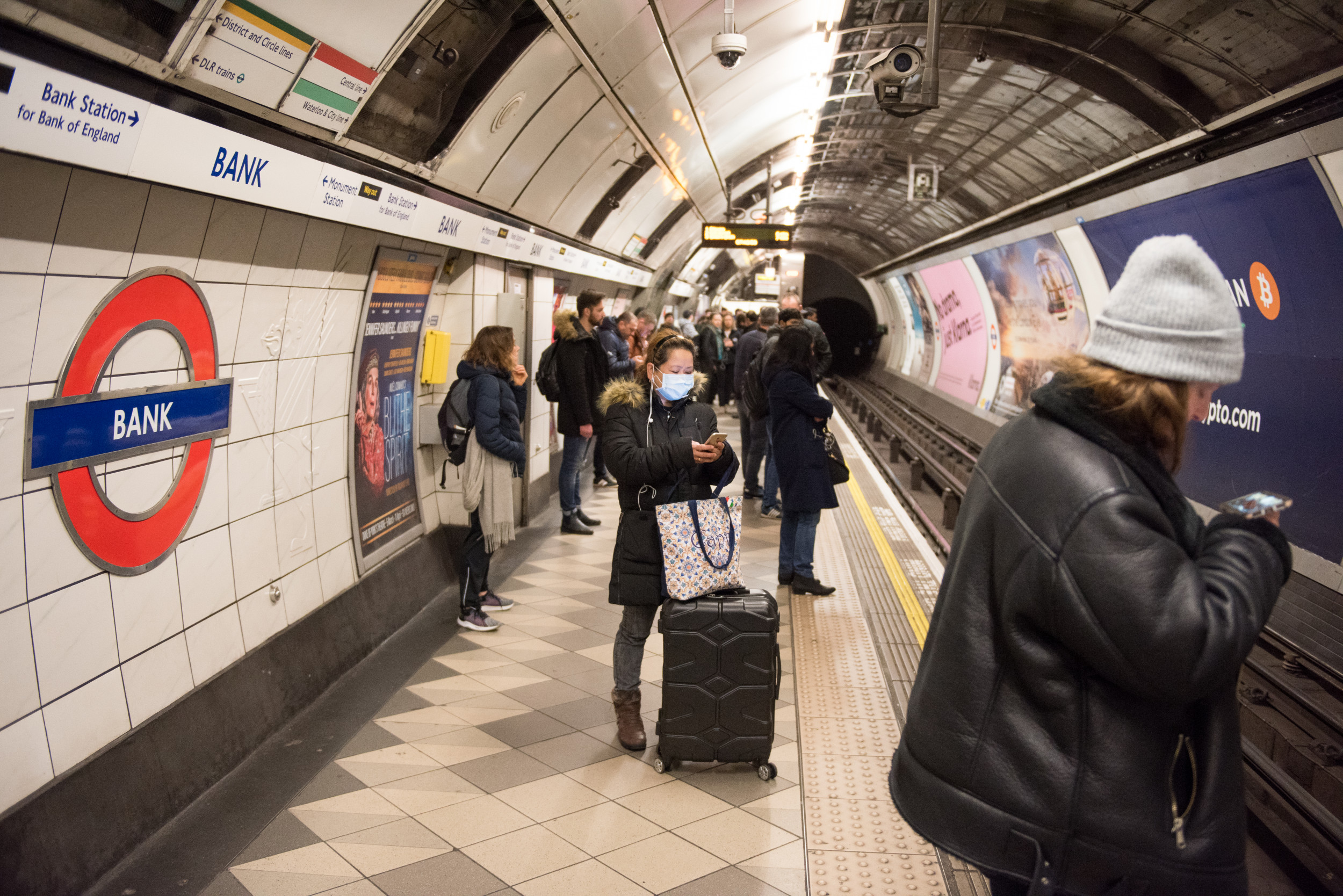 Video Shows Packed London Train System One Day After Prime ...