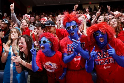 Dayton Basketball Fans