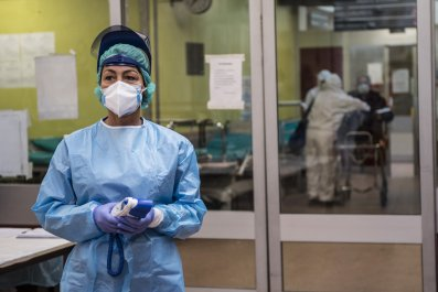 coronavirus cases italy surpass china