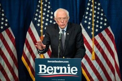 Bernie Sanders Tells Seth Meyers 'We Need Another Stimulus Paackage'