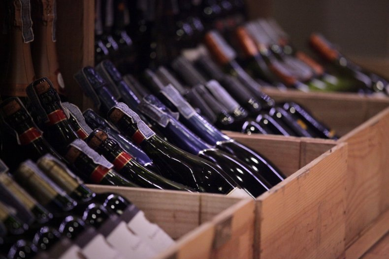 Best Wine Clubs to Subscribe to While Coronavirus Quarantining