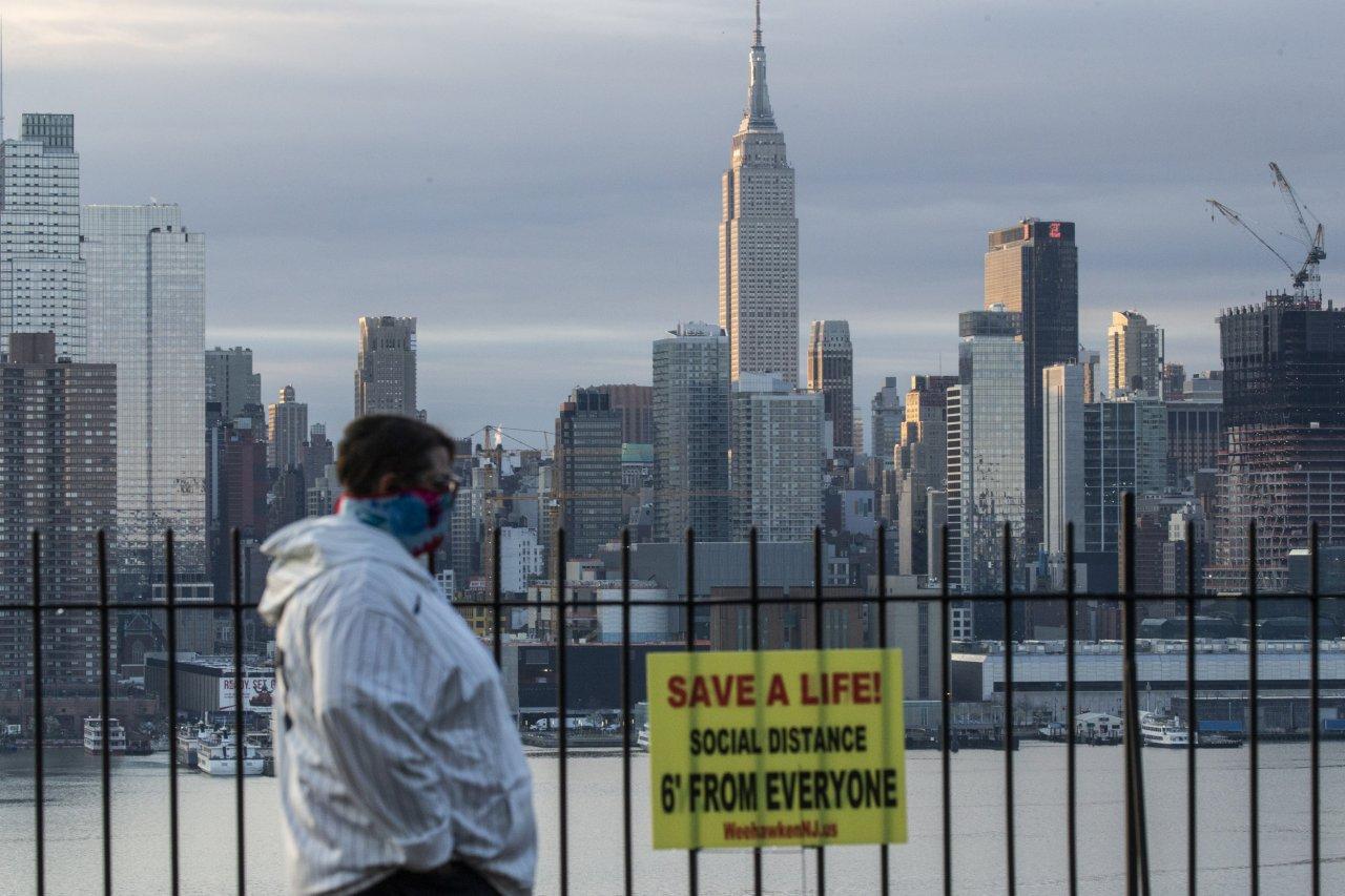 coronavirus pandemic covid-19 new york