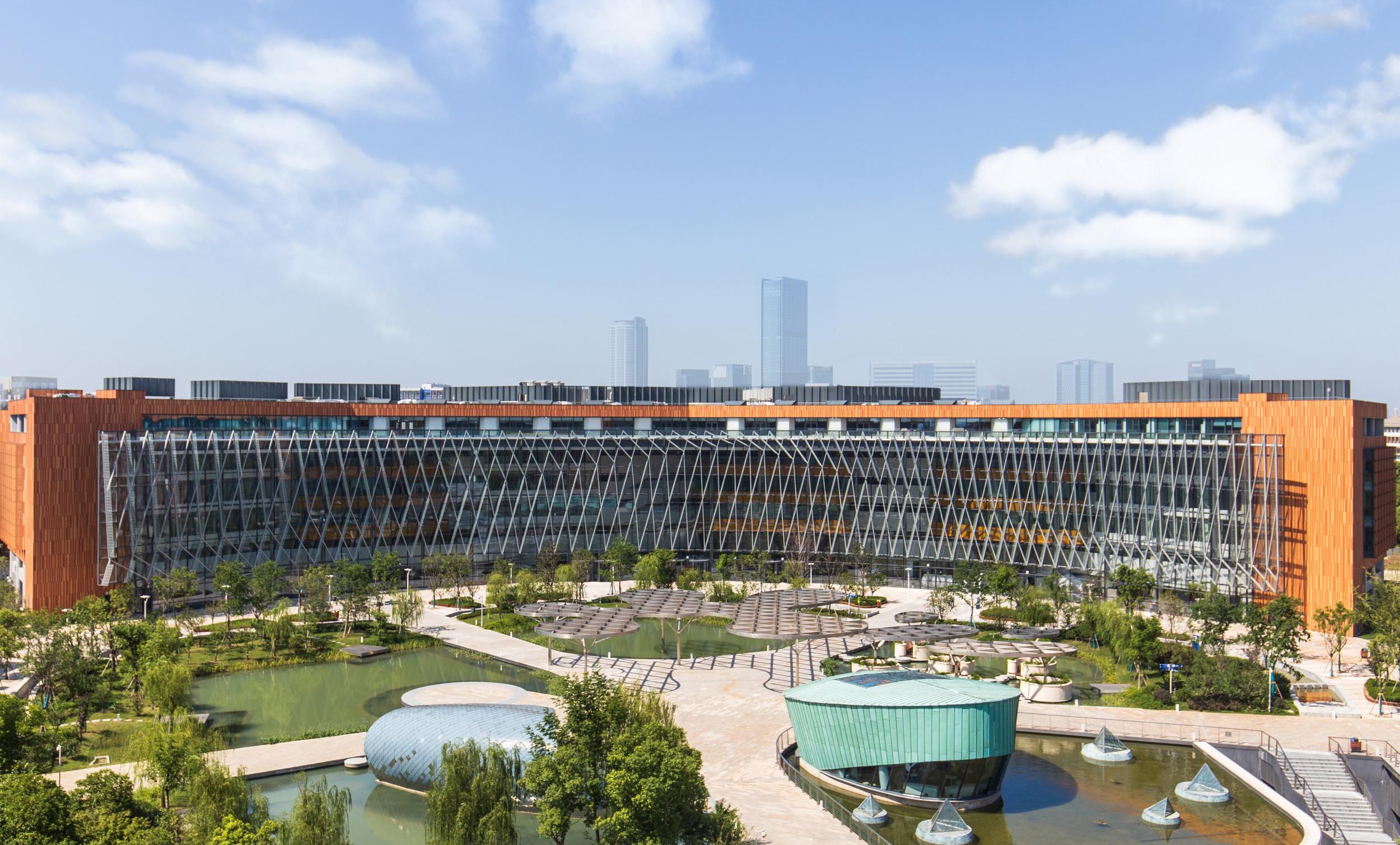 International Business School (IBSS) at Xi'an Jiaotong-Liverpool University (XJTLU)