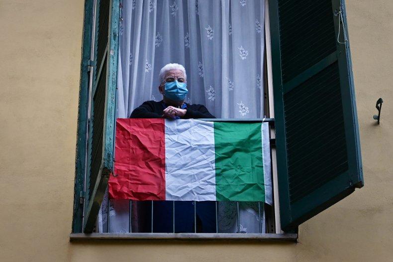 Rome, Italy, coronavirus, mask resident, April 2020