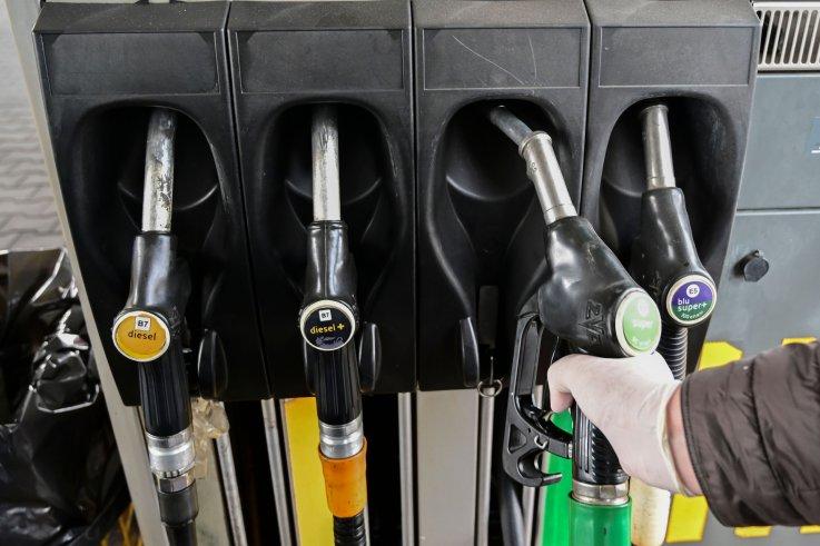 gas, prices, crude, coronavirus, US, producers, storage