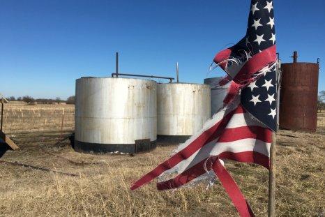 crude oil price crash storage