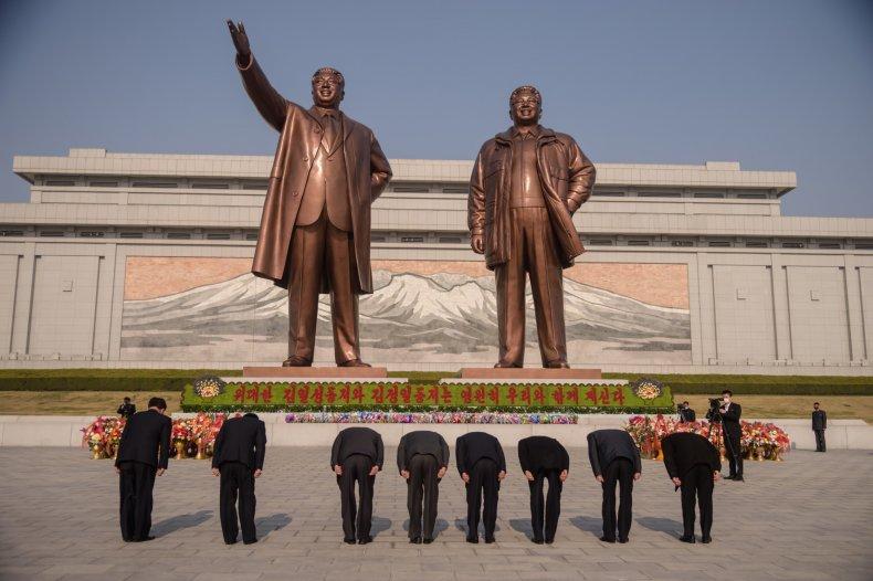 north, korea, day, sun, statues, pyongyang