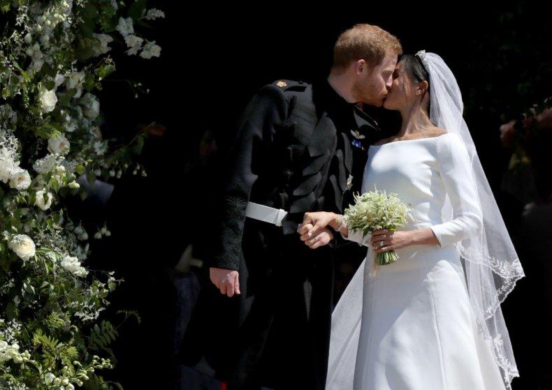 Prince Harry and Meghan Markle Wedding Kiss
