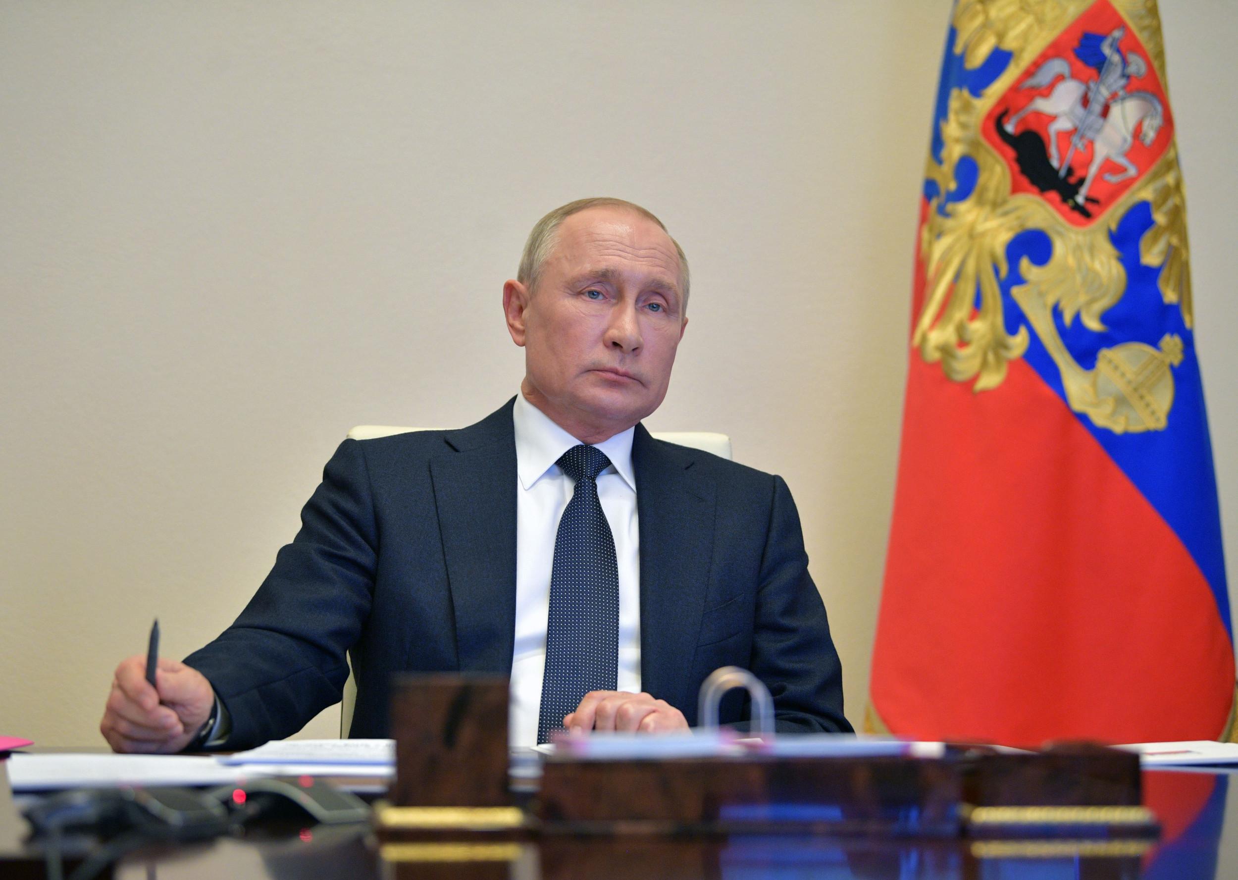 Trust in Vladimir Putin Falls to 14-year Low as Russia ...
