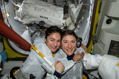 NASA astronauts Jessica Meir (left) and Christina Koch (right)