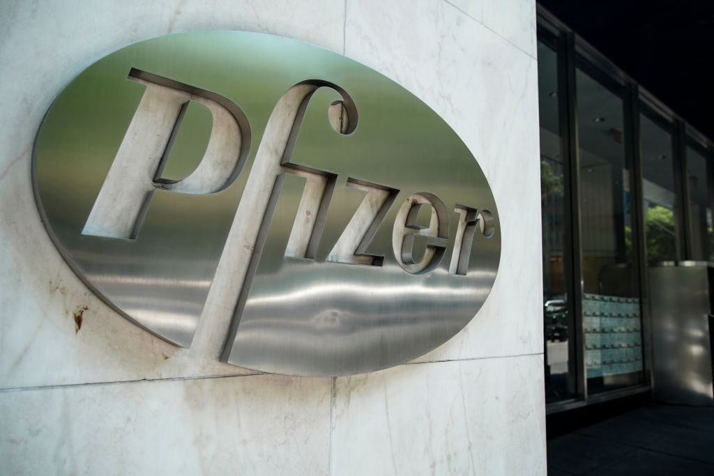 Pfizer Begins Clinical Trial of Coronavirus Vaccines in U.S., Plans to Have Millions of Doses by October