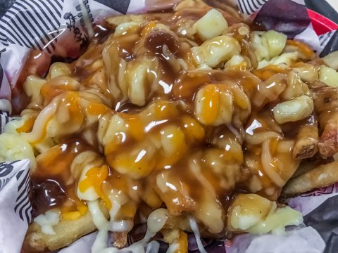 CUL_Uncharted_Food_Poutine