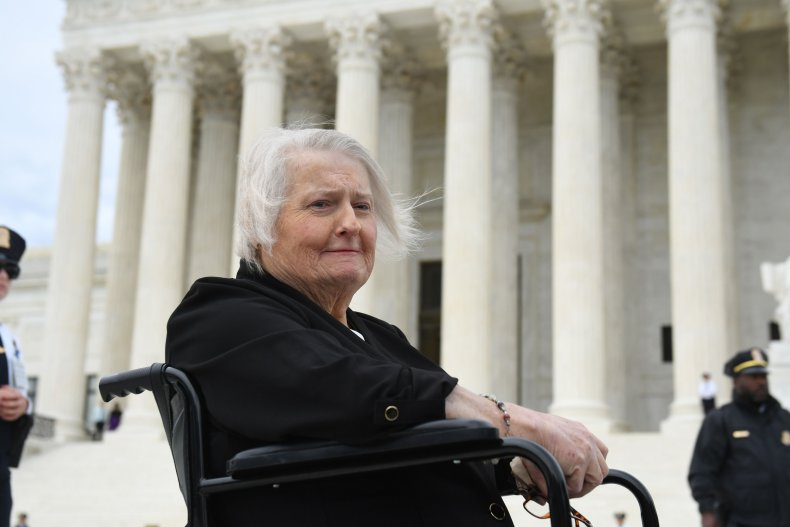 transgender-aimee-stephens-supreme-court