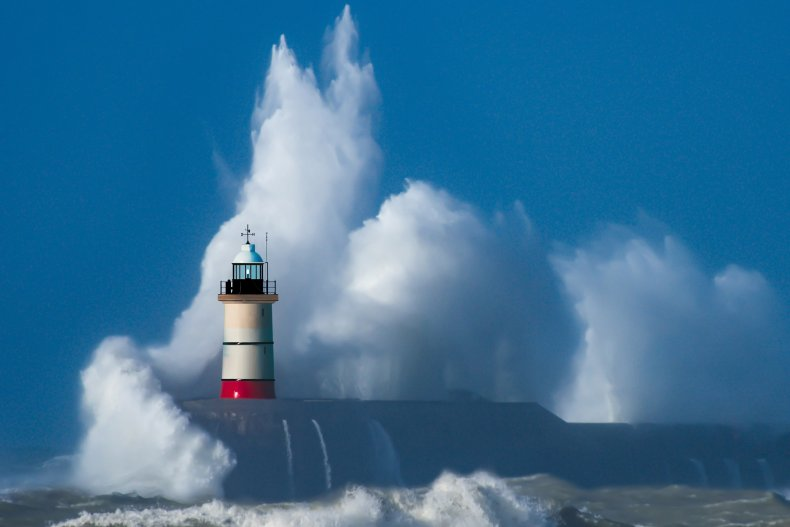 lighthouse, waves