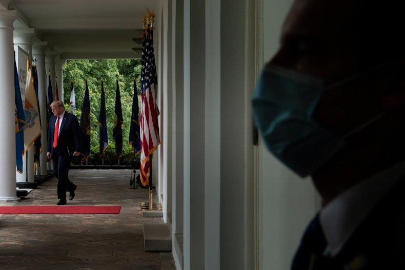 TOPSHOT-US-POLITICS-TRUMP-HEALTH-VIRUS