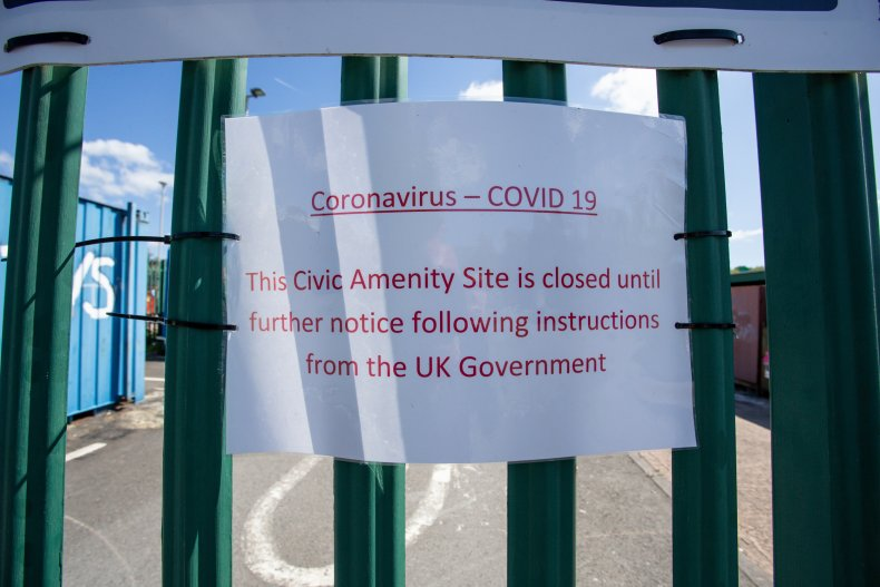 Coronavirus closure sign in U.K.
