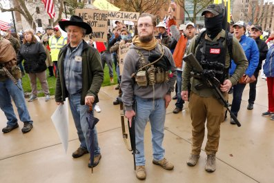 Armed protesters Michigan Governor Whitmer