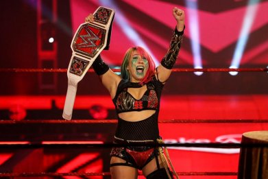 wwe monday night raw asuka championship