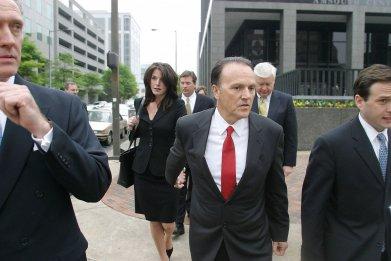 Richard Scrushy Trial By Media Netflix