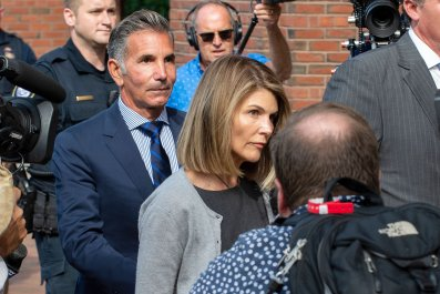 lori loughlin prison guilty college admission scandal