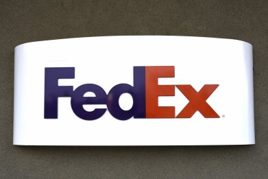 Federal Express office sign
