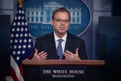 Kevin Hassett stimulus sooner rather than later