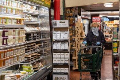 Coronavirus face mask in grocery store