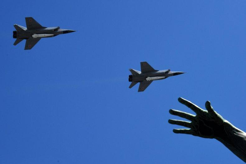 Kinzhal, hypersonic missiles, Russia, PAK DA, bomber