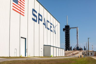 SpaceX, Falcon 9 rocket