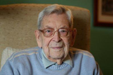Robert Weighton was the world's oldest man