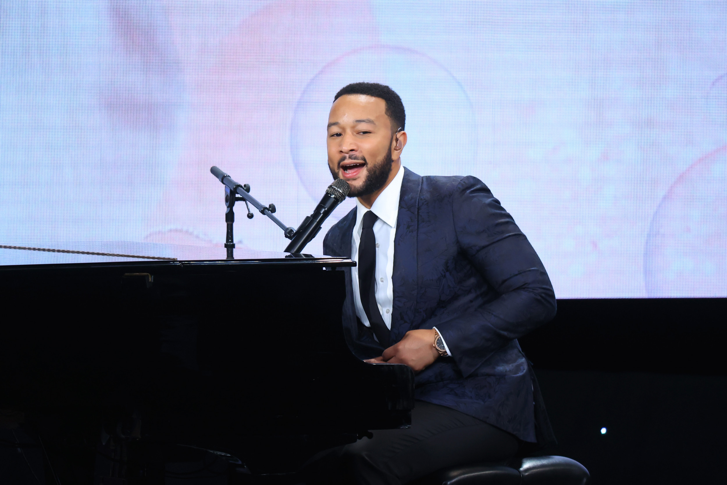 John Legend fans wonder why his vocals are in Arizona State University's cop-heavy football ad