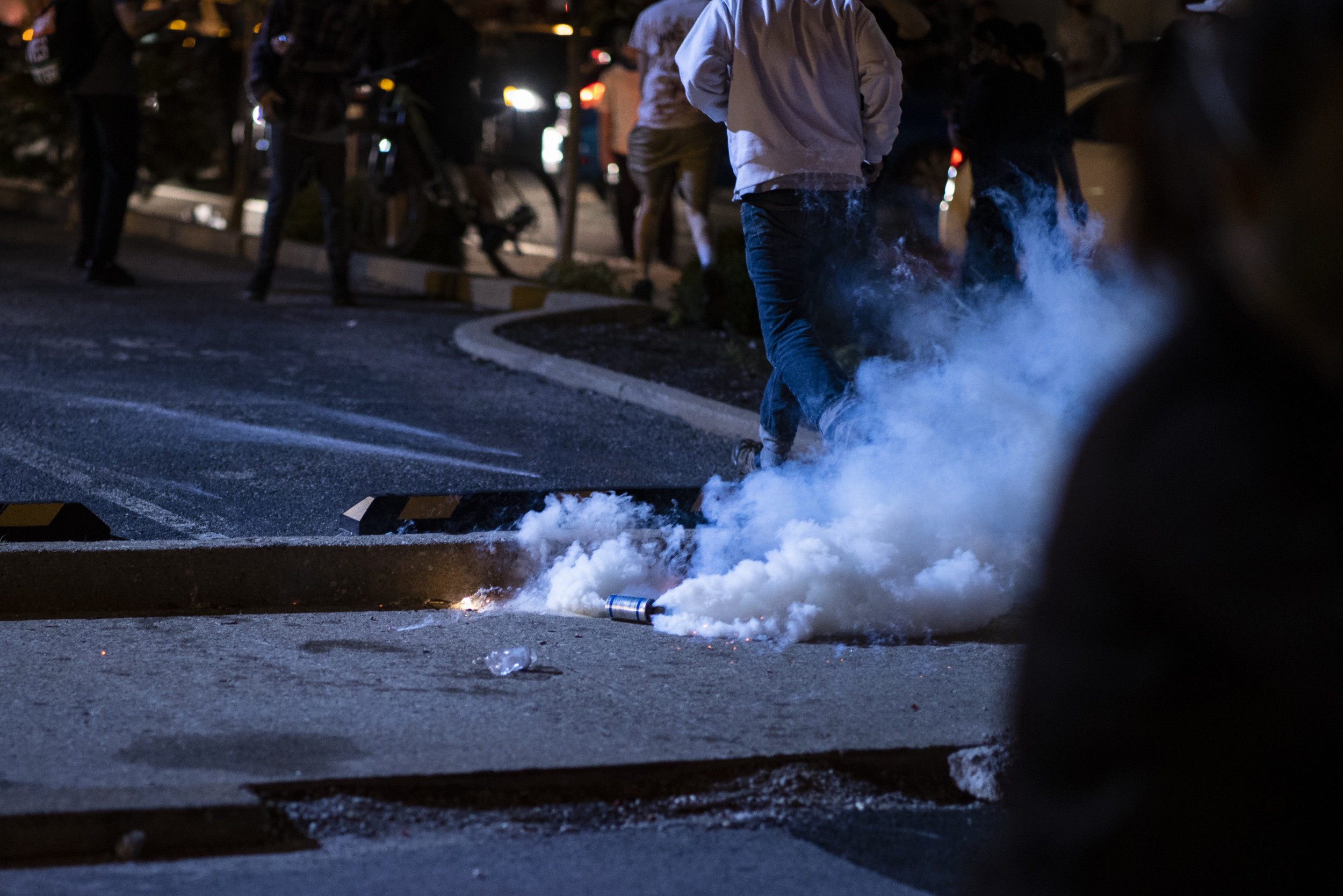 State lawmakers, city council members introduce legislation to ban use of tear gas by law enforcement following protests