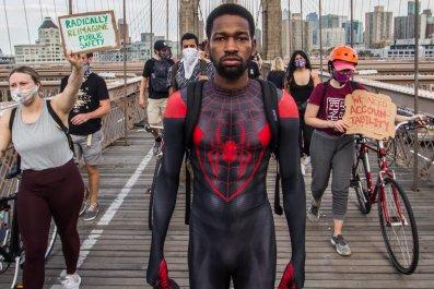 Spider-man, Manhattan Bridge, Black Lives Matter