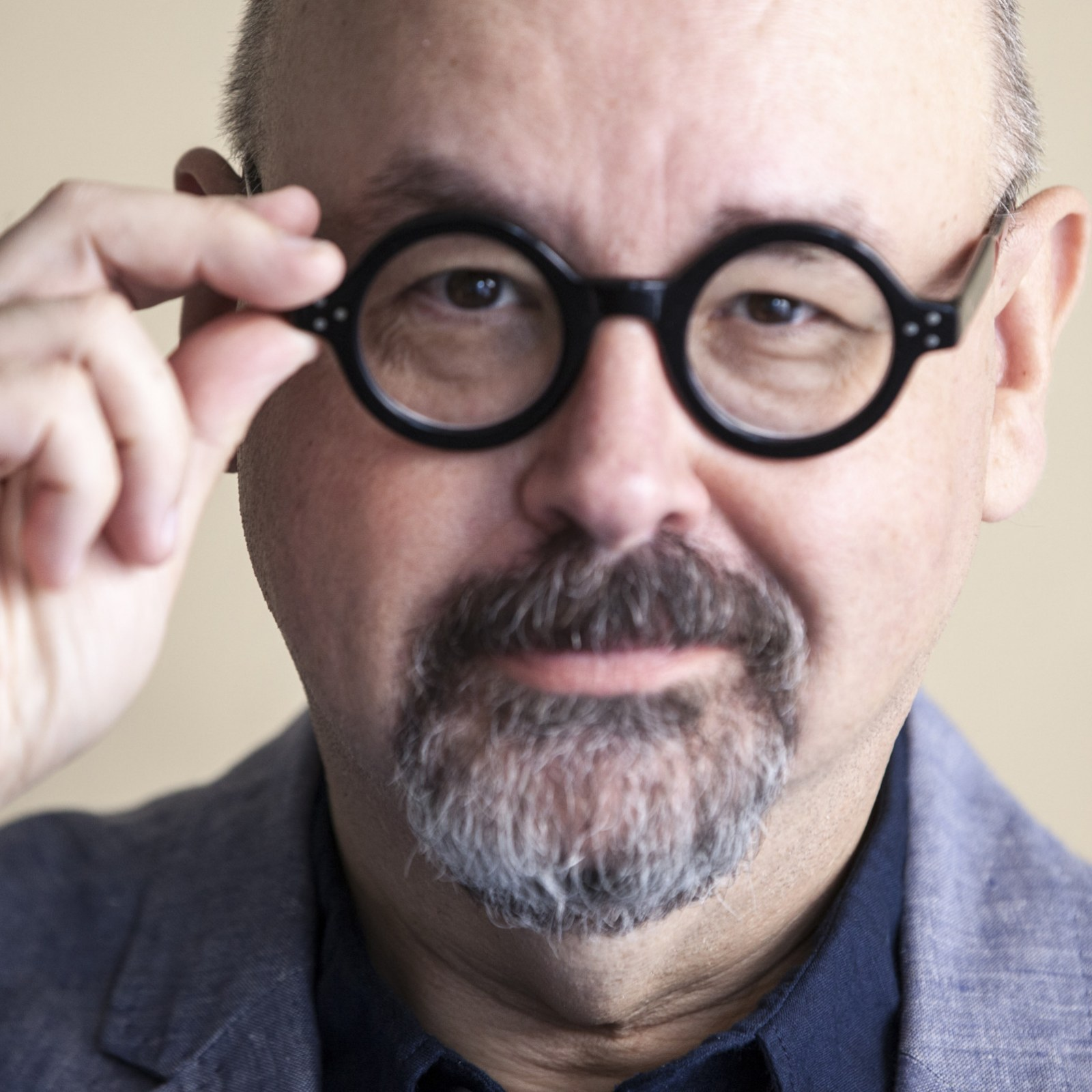 RIP Carlos Ruiz Zafón—5 Books by The Spanish Author That Will Live On
