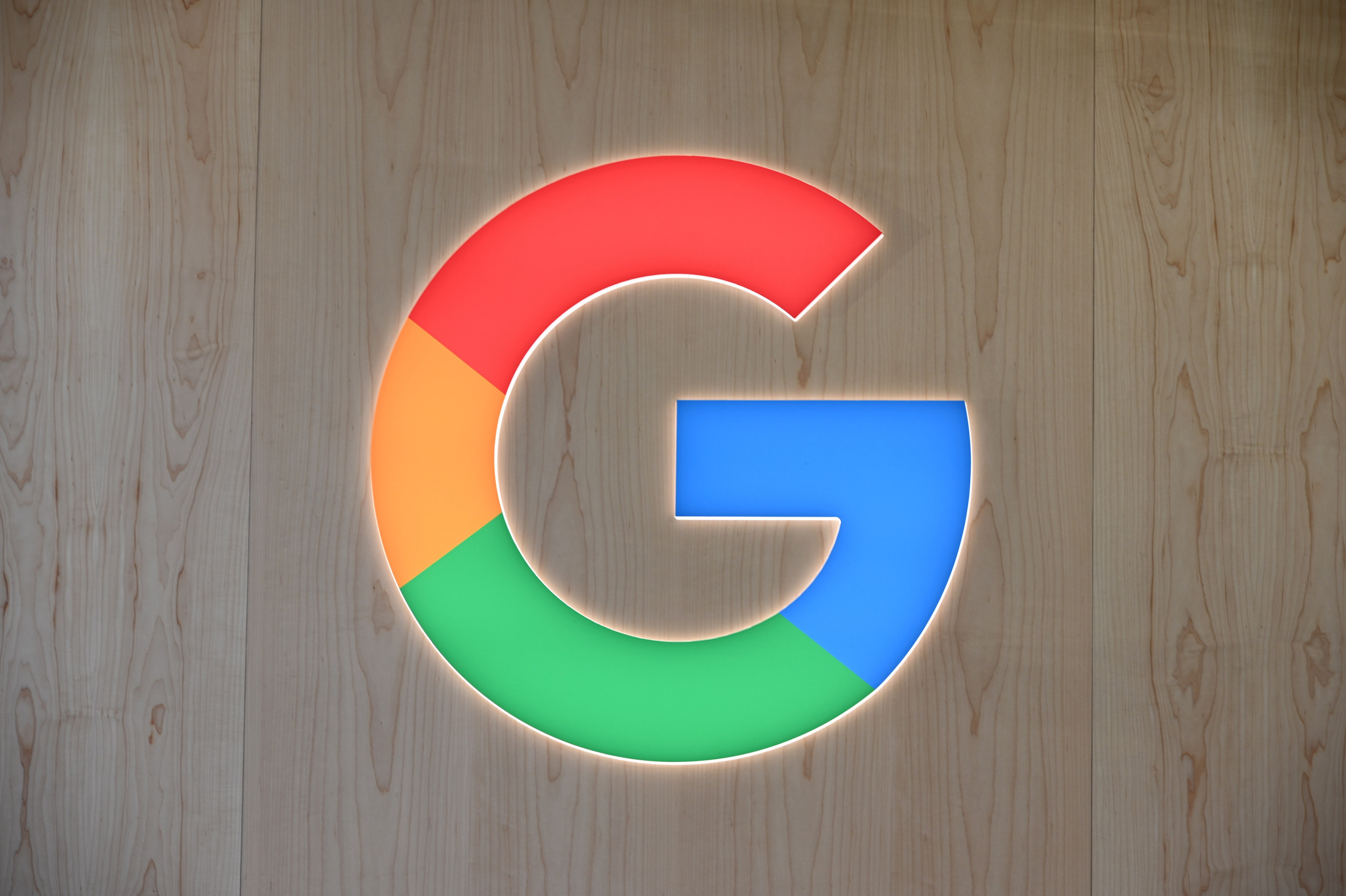 Fact-Check Is Coming to Google Images and Heres Why It