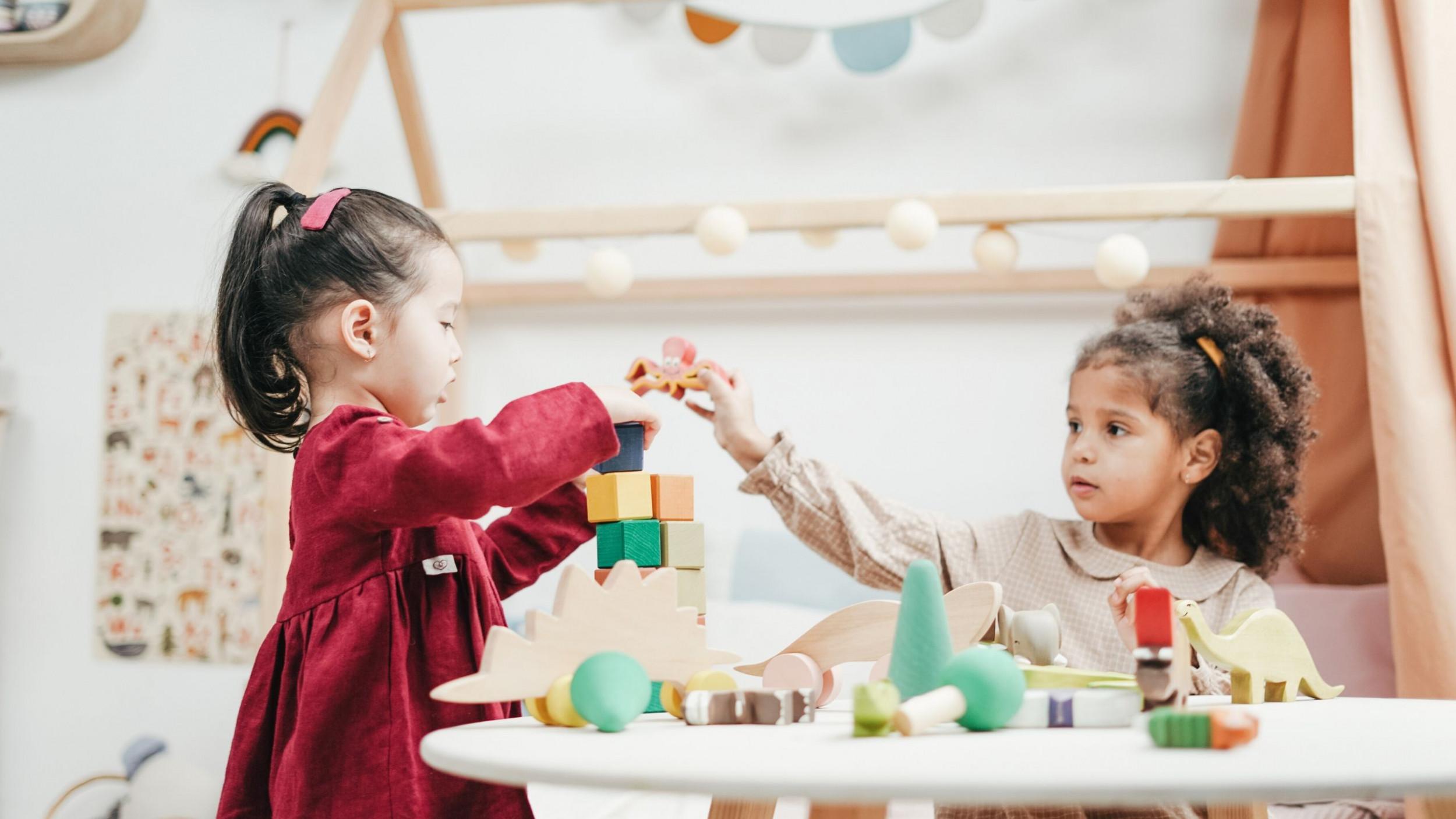 23 Creative Ways to Entertain Kids