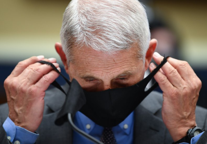 Dr. Anthony Fauci with face mask