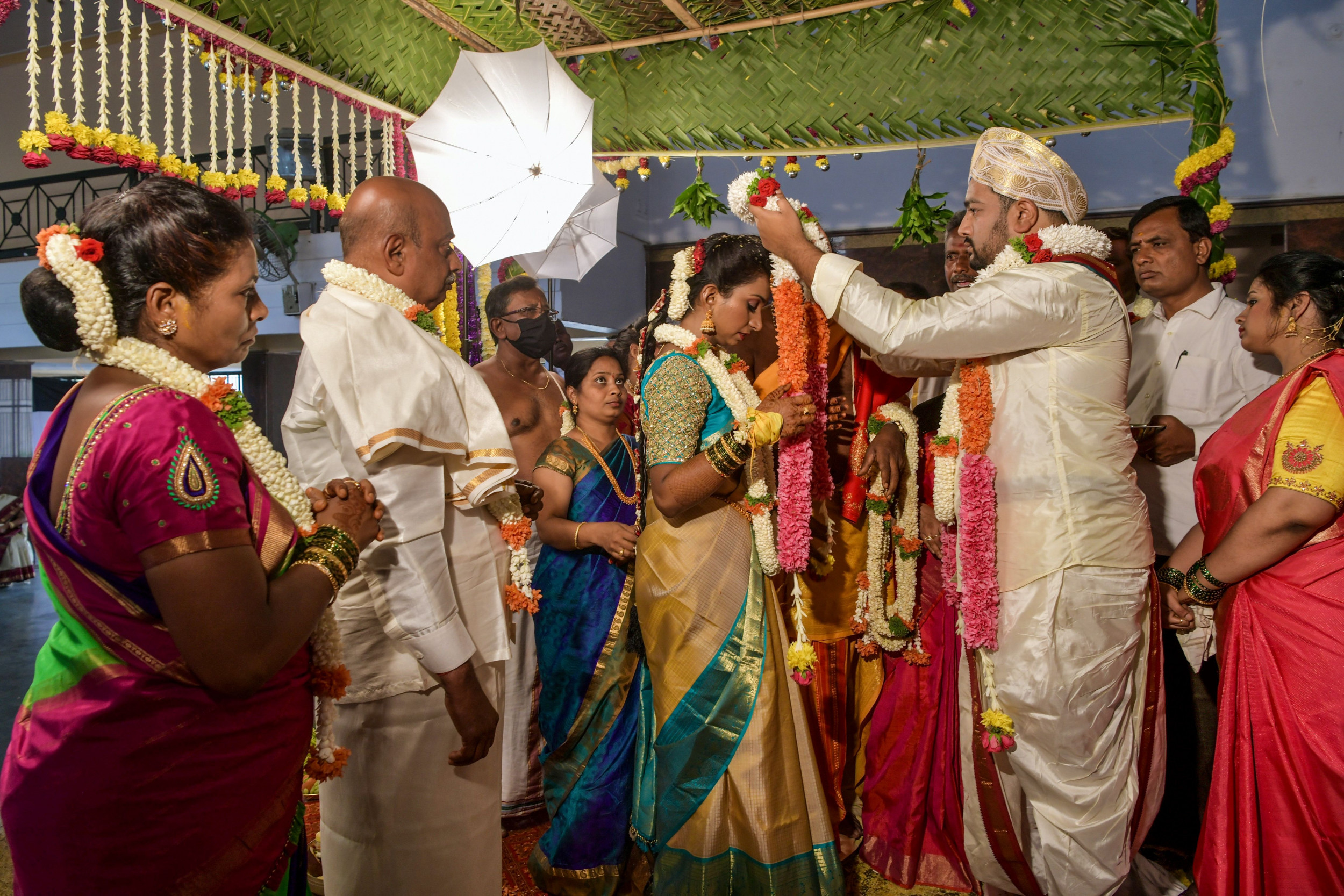 Coronavirus outbreak at wedding kills groom, infects over 100 guests