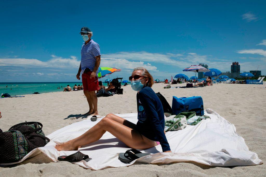 """Florida mayor says not wearing a mask is """"same thing"""" as smoking around people"""