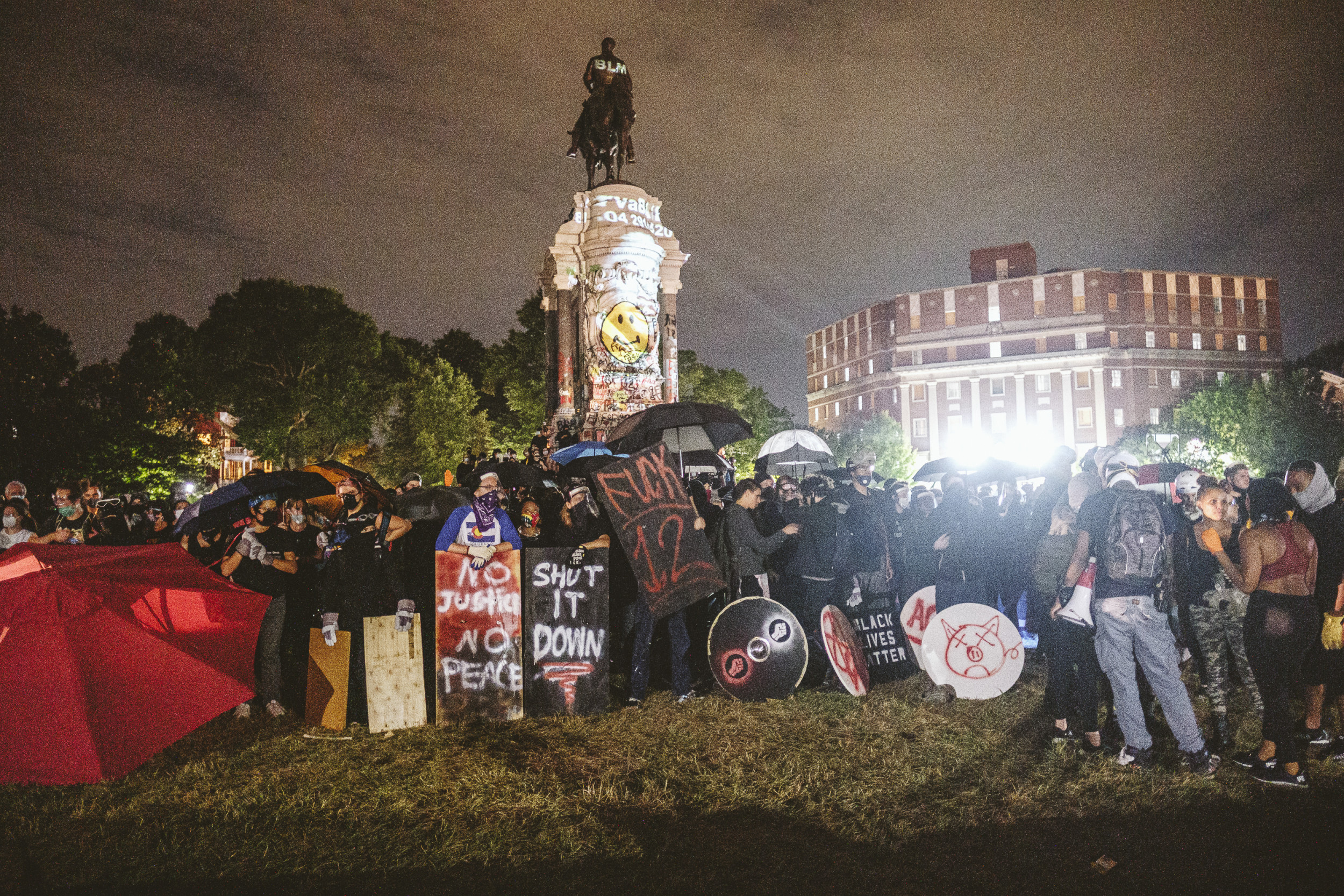 Where have Confederate statutes been removed? Virginia mayor latest to issue order
