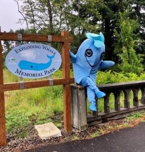 whale-park-mascot