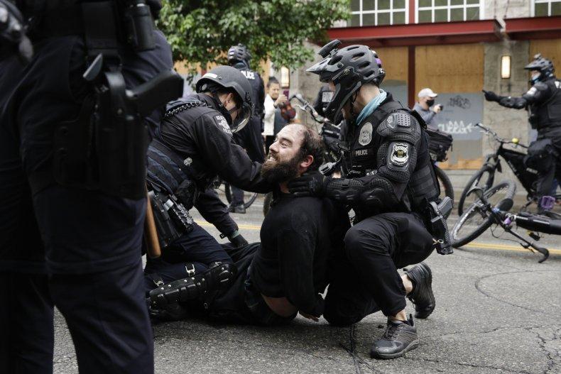 SPD Arrest CHOP Proteser