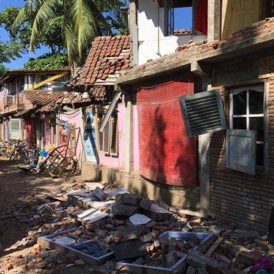 Lombok, earthquake, survival