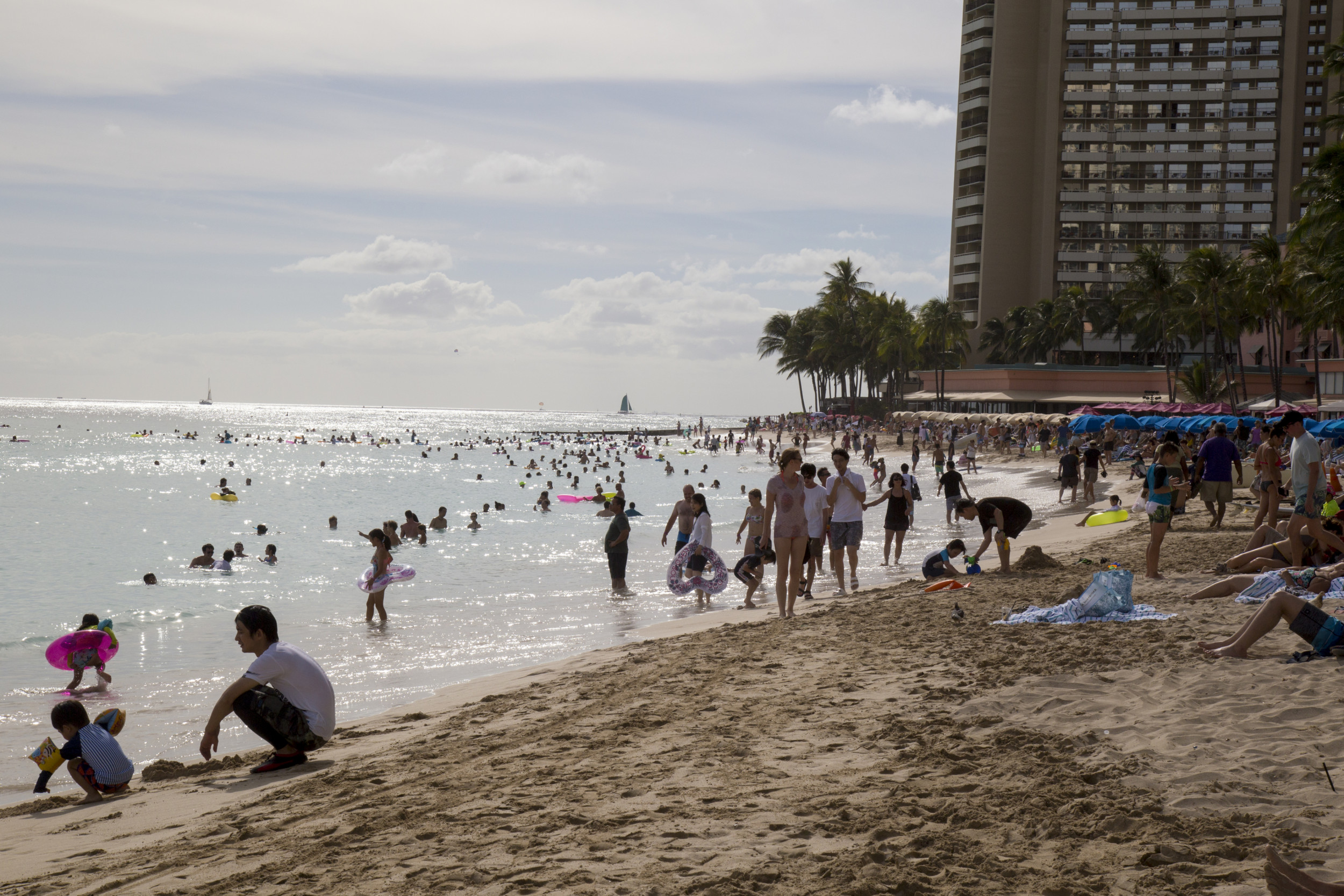 Hawaii coronavirus cases rise 36 percent in a week amid plans to reopen tourism