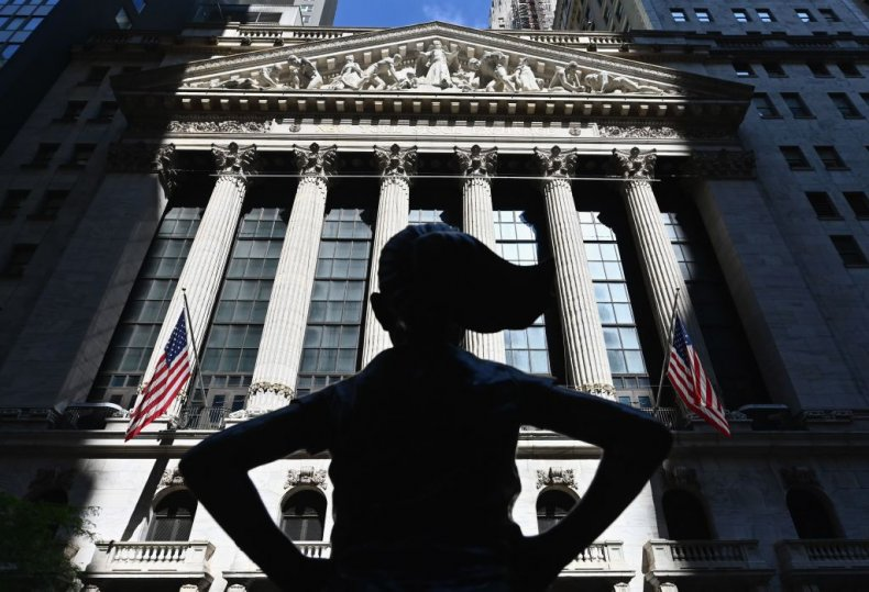 Wall Street Fearless Girl Statue
